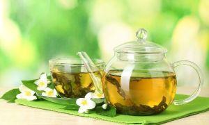 Полный ответ: зеленый чай повышает или понижает давление?