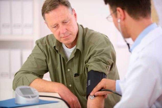 Признаки, причины и симптомы высокого давления у мужчин